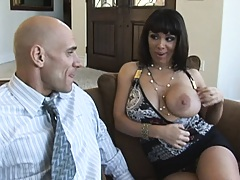 Sienna invites big dicked Johnny back to her place