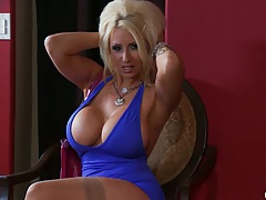 Blonde pro pornstar Candy Manson in a tight dress