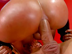 Shyla stylez shows a great close up of anal cock ride