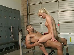 Cowgirl shemale sex with Joanna Jet