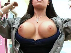Damn they do have big tits and round asses in Canada