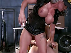 Reverse cowgirl from busty Carmen jay on dicck