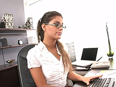 Babe in teh office Valentina Rossini flips legs on table and fucked up her skirt