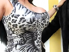 Big tits milf lost in Italy