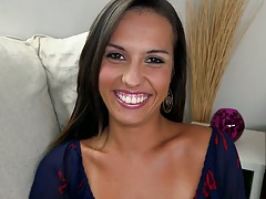 Sexy whore babe Kelsi Monroe shows her booty and handjob works on cock