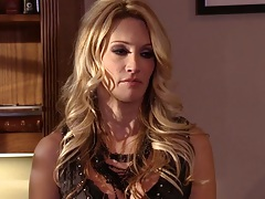 jessica drake in the office coming on to guy and deep throat his cock