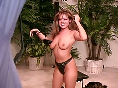 Big natural tits Misty Mendez in photo shoot all naked and blowjob