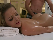 Oiling up Alexis Texas for nice naked massage yummmy